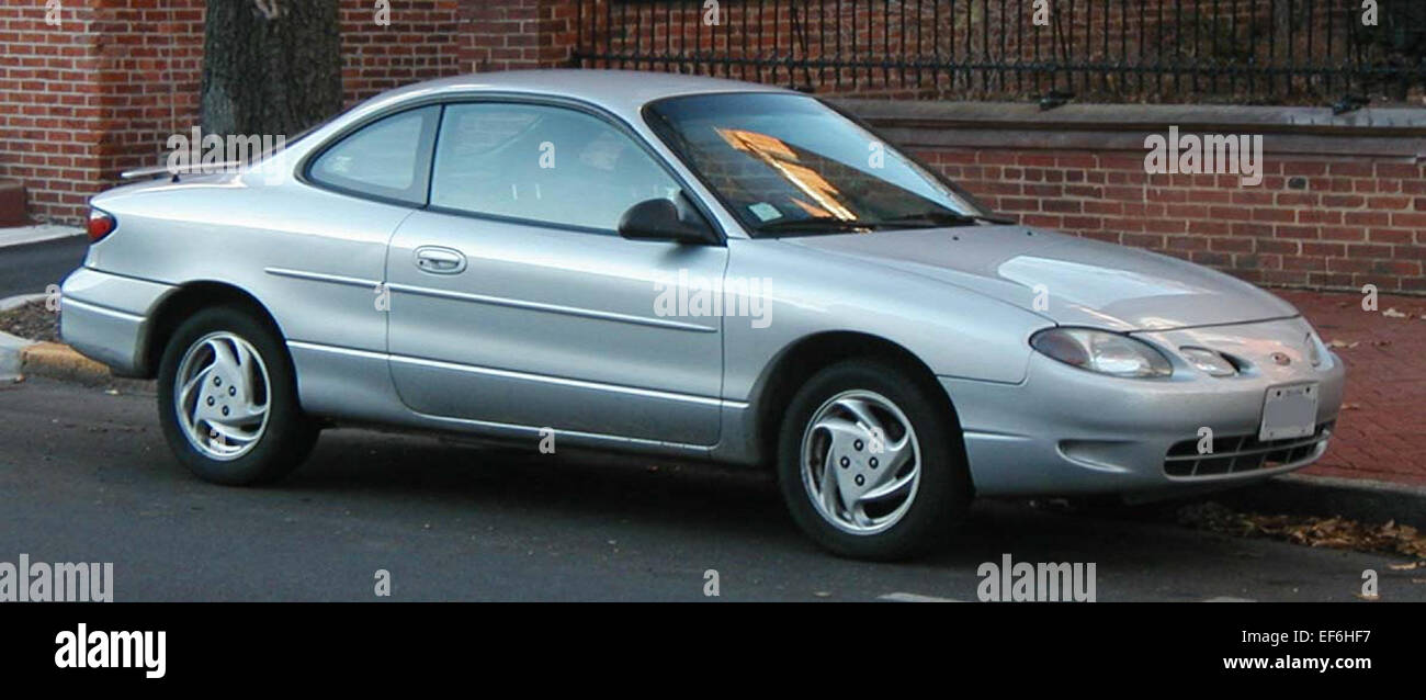 Ford ford zx2 : 98 02 Ford ZX2 Stock Photo, Royalty Free Image: 78206779 - Alamy