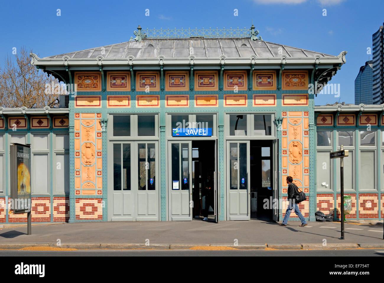 Paris, France. Javel - Andre Citroen Metro Station (Line 10 / RER ...