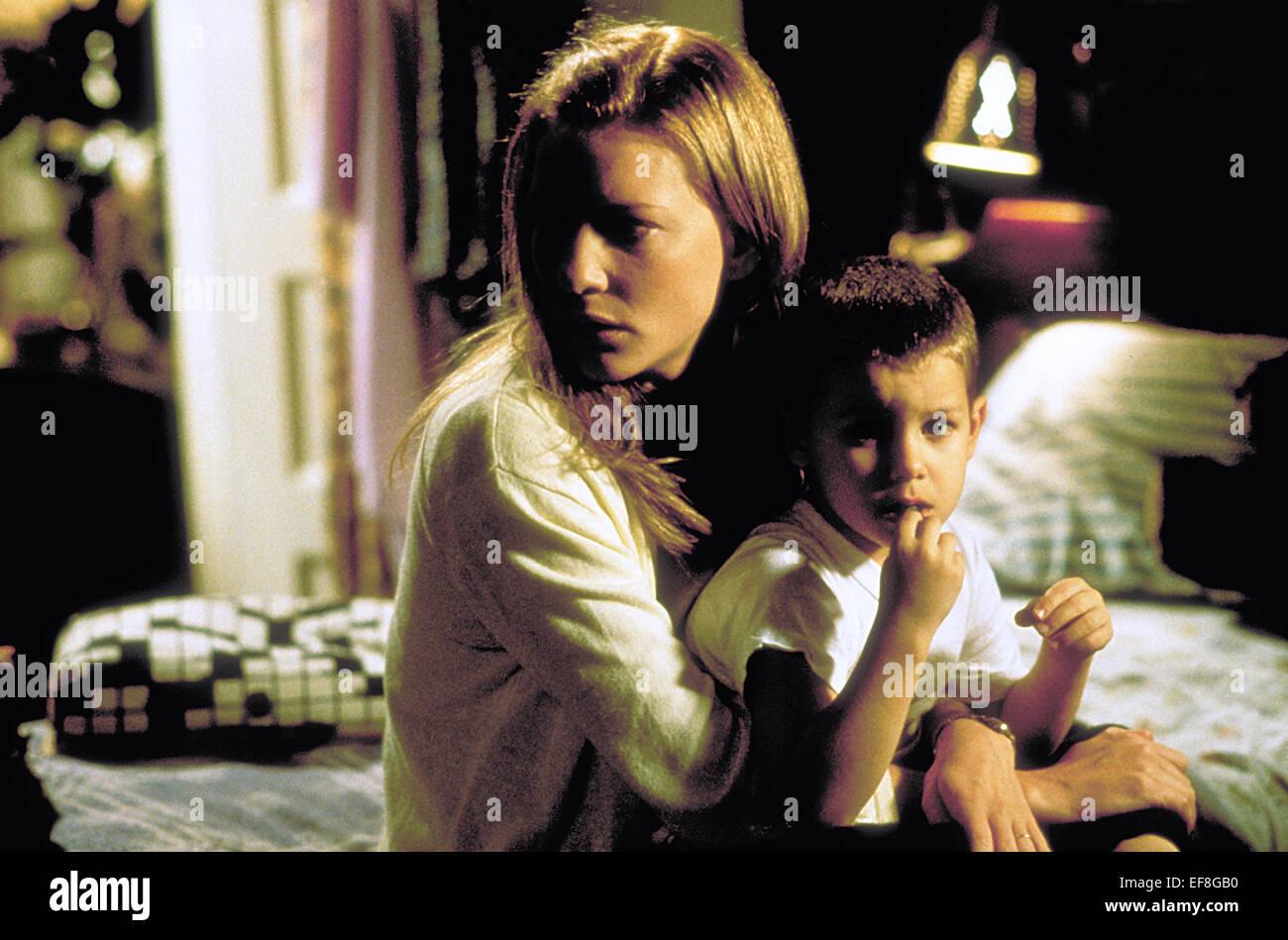 CATE BLANCHETT & HUNTER MCGILVRAY THE GIFT (2000 Stock Photo ...