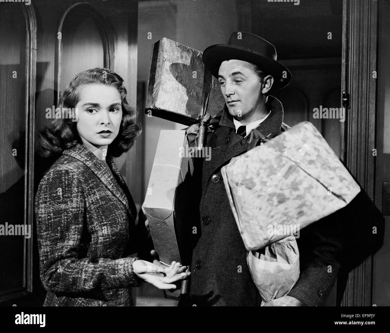 Janet leigh robert mitchum holiday affair 1949 stock Classic christmas films black and white