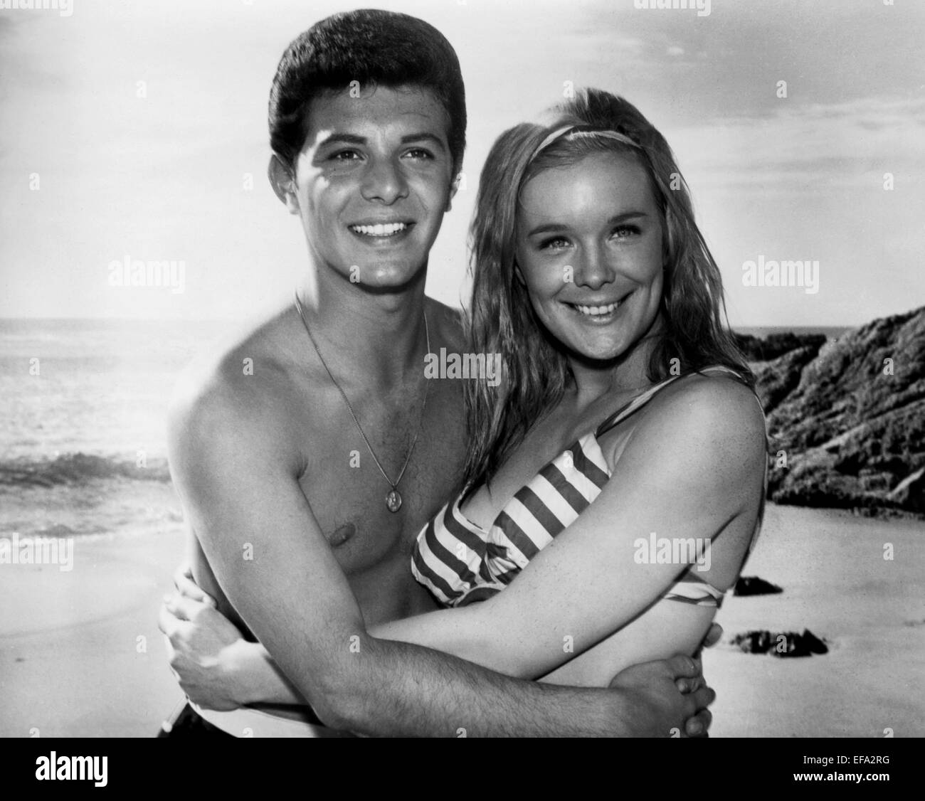 FRANKIE AVALON & LINDA EVANS BEACH BLANKET BINGO (1965 ...