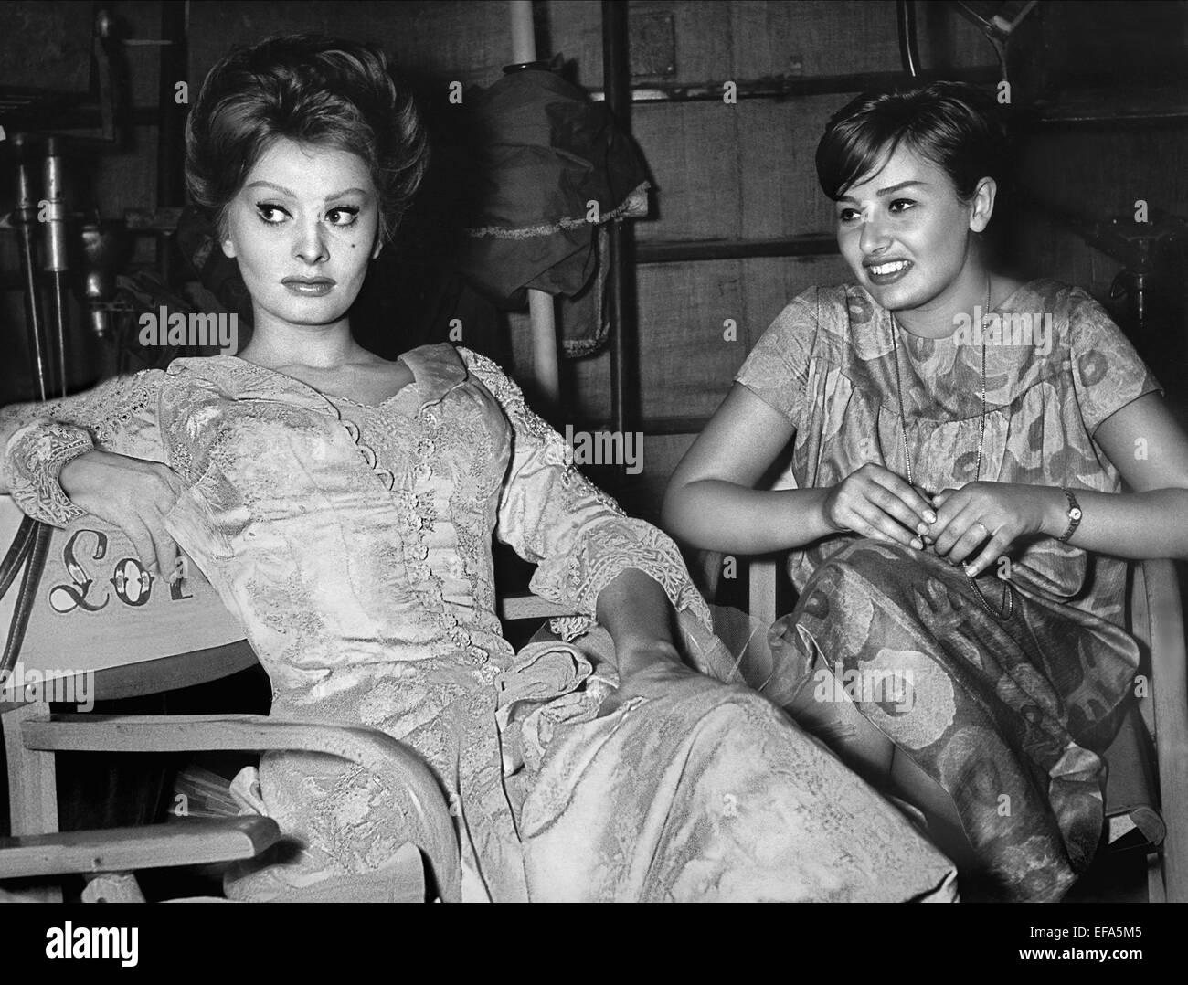 Matrimonio Romano Mussolini E Maria Scicolone : Sophia loren manna maria villani scicolone actress with
