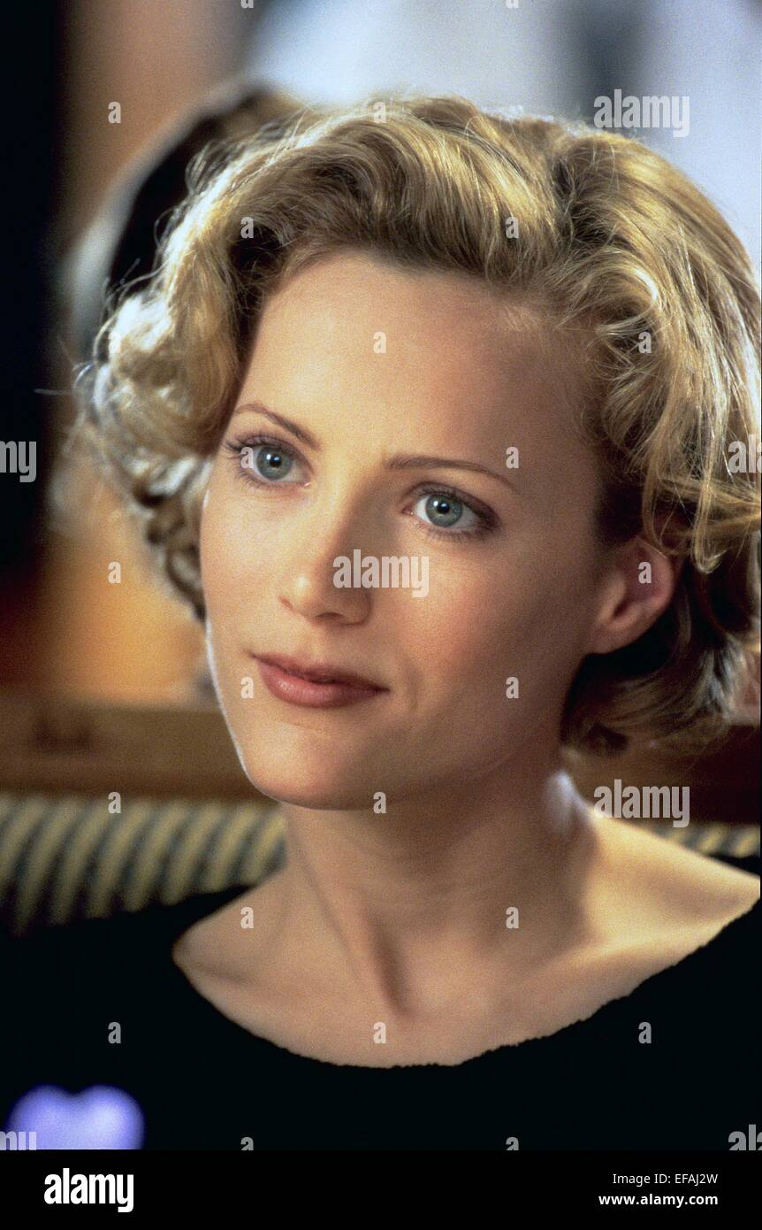 LESLIE MANN THE CABLE GUY (1996 Stock Photo, Royalty Free ...