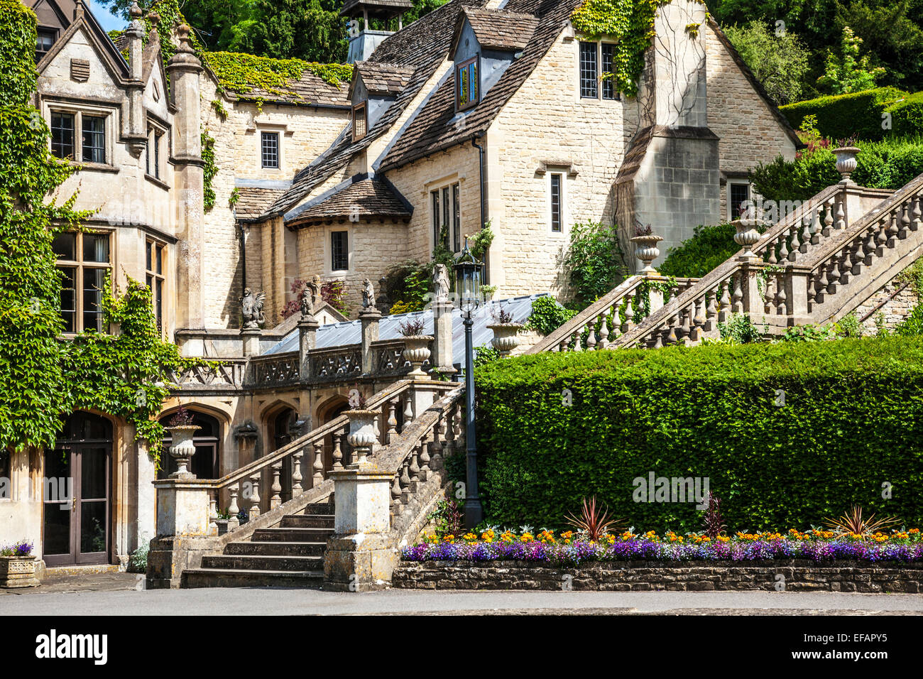 the manor house hotel in the cotswold village of castle combe in stock photo 78298841 alamy. Black Bedroom Furniture Sets. Home Design Ideas