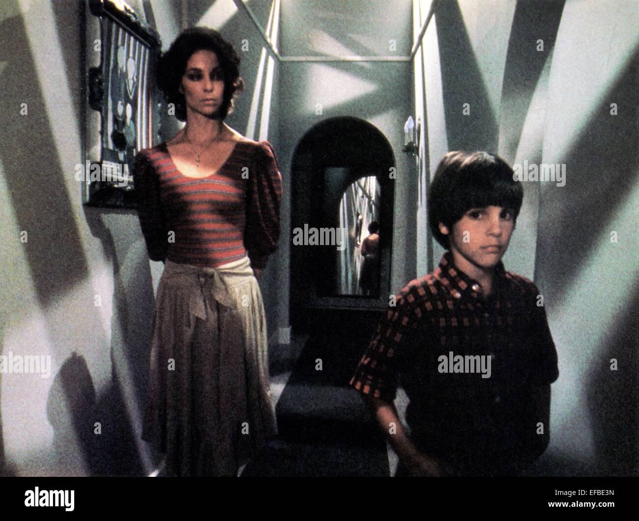 KATHLEEN QUINLAN & JEREMY LICHT TWILIGHT ZONE: THE MOVIE ...