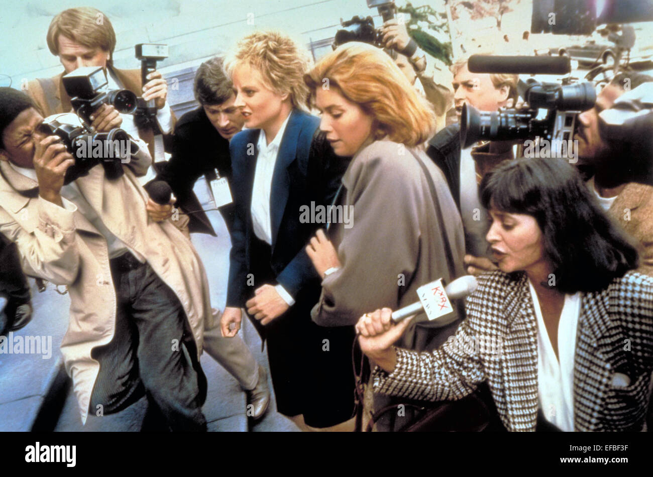 jodie foster kelly mcgillis the accused stock photo jodie foster kelly mcgillis the accused 1988