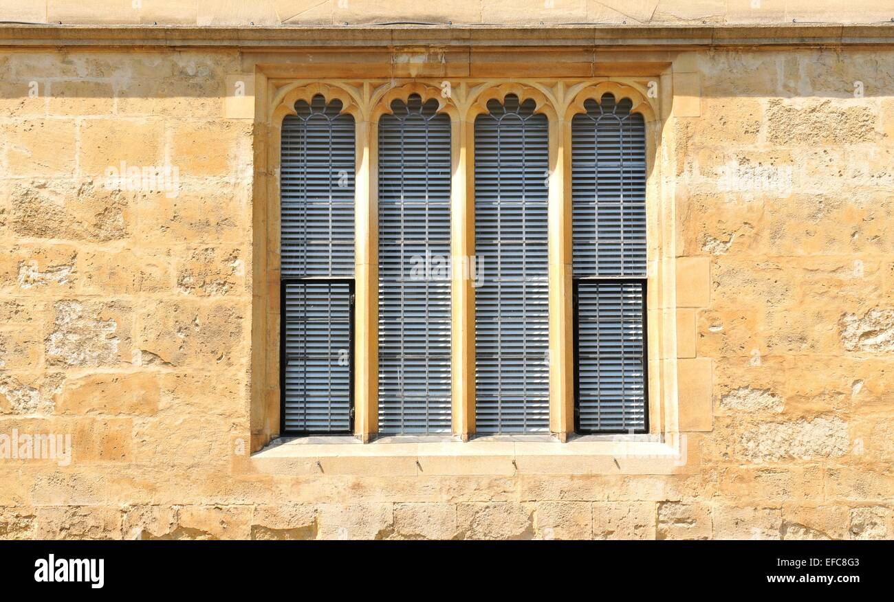 Architectural detail of Gothic window in Oxford, Oxfordshire ...