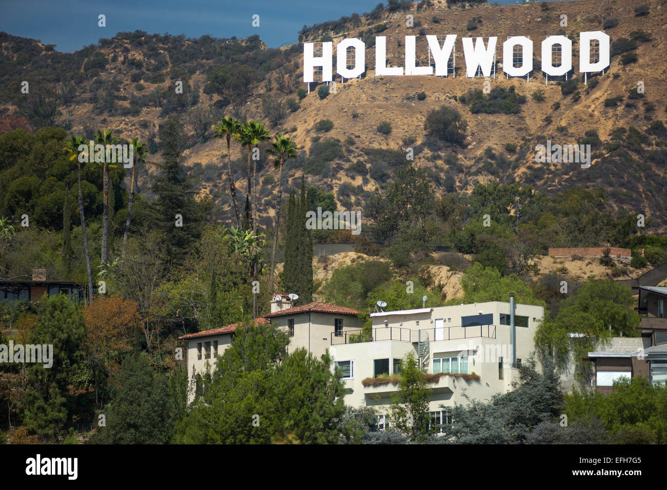Attractive MANSIONS HOLLYWOOD SIGN MOUNT LEE HOLLYWOOD HILLS LOS ANGELES CALIFORNIA USA