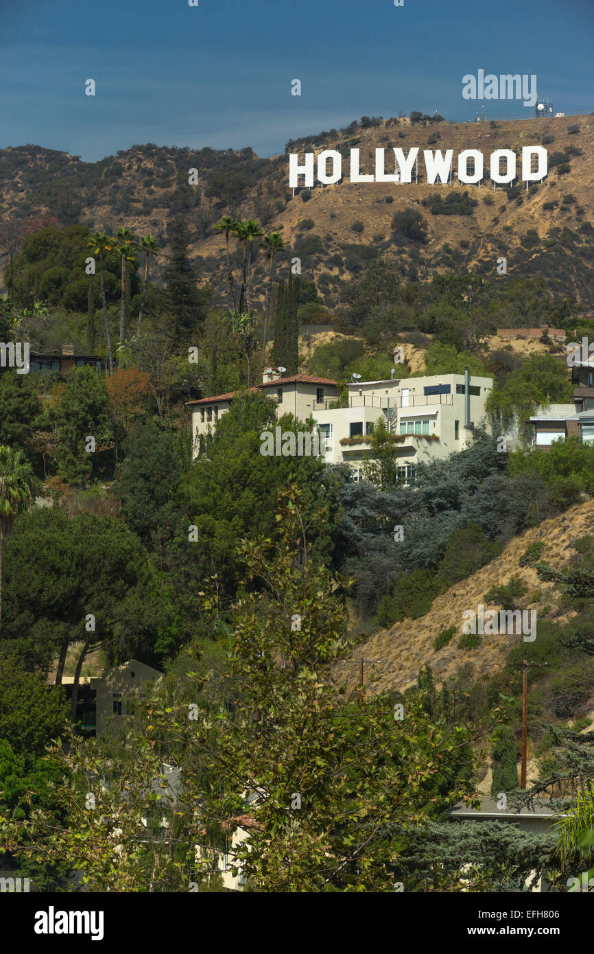 MANSIONS HOLLYWOOD SIGN MOUNT LEE HOLLYWOOD HILLS LOS ANGELES CALIFORNIA USA