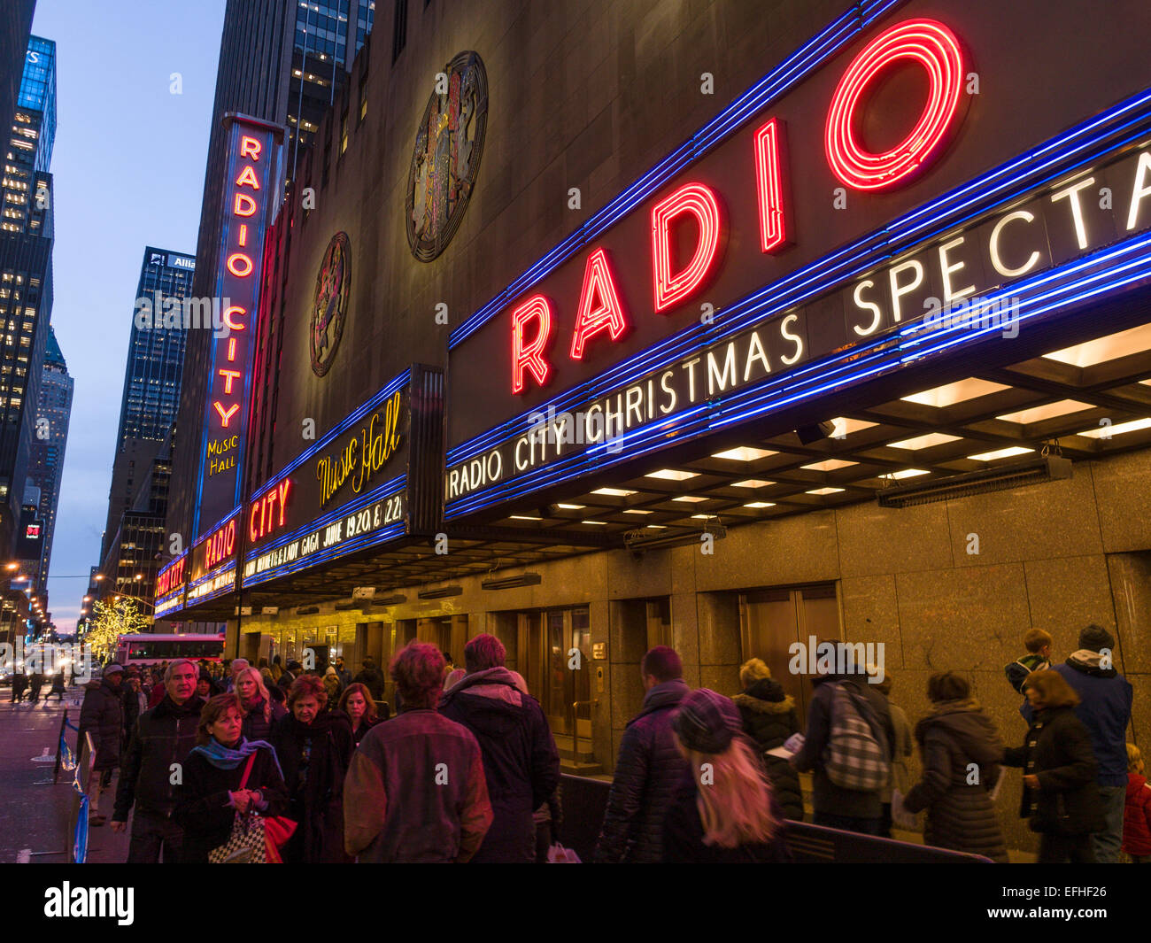 Lining up for Radio City Music Hall Christmas Spectacular. Radio ...