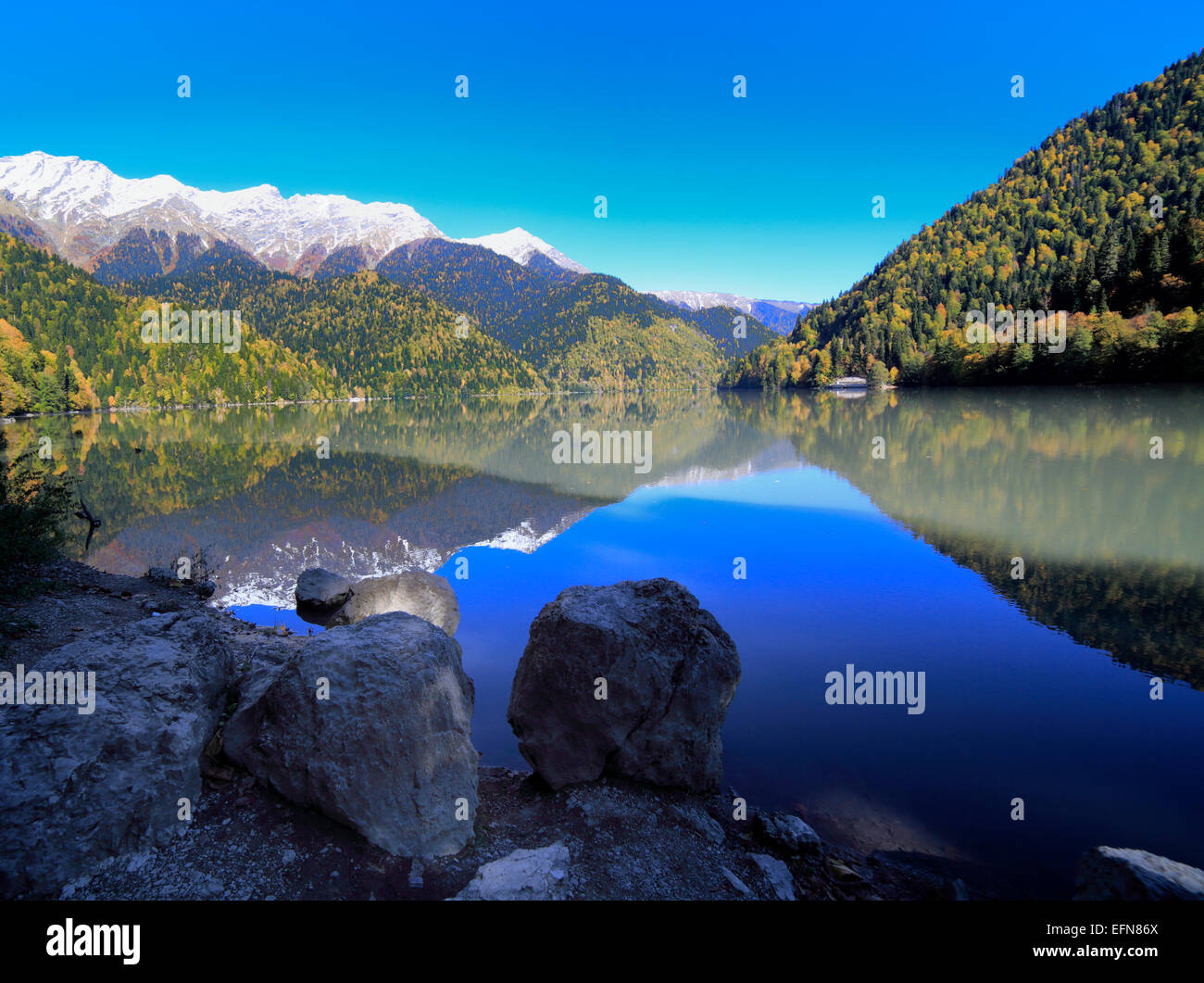 Lake Ritsa, Caucasus mountains, Abkhazia, Georgia Stock ...