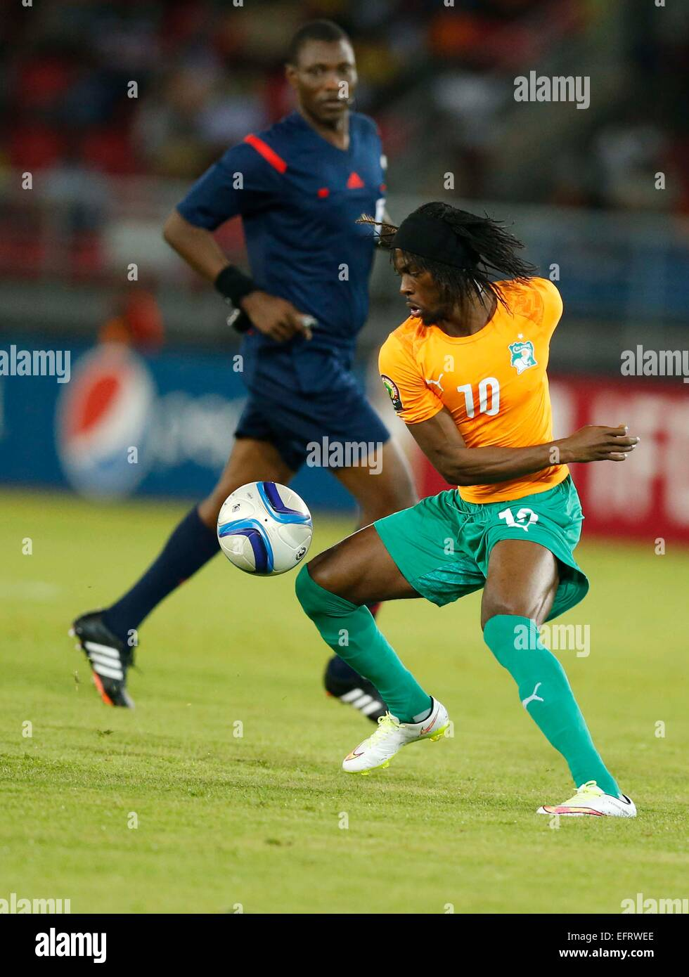 Gervinho of Ivory Coast vies against DR Congo during their Africa