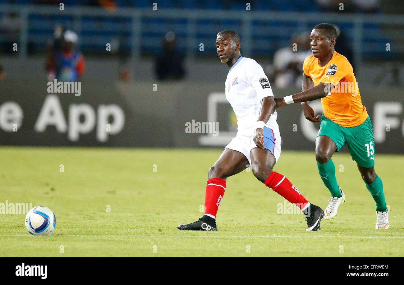 Yannick Bolasie of DR Congo vies against Wilfried Bony R of