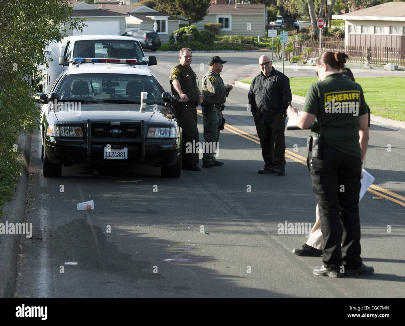 San clemente california usa 2nd feb 2015 orange county orange county sheriffs deputies along with an investigator from the ocsd crime lab responded to a report of suspicious items in the street publicscrutiny Images