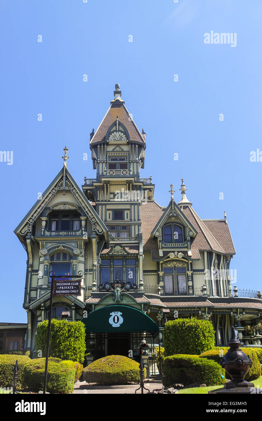 the carson mansion in old town eureka california stock photo the carson mansion an ornate example of the queen anne style of victorian architecture