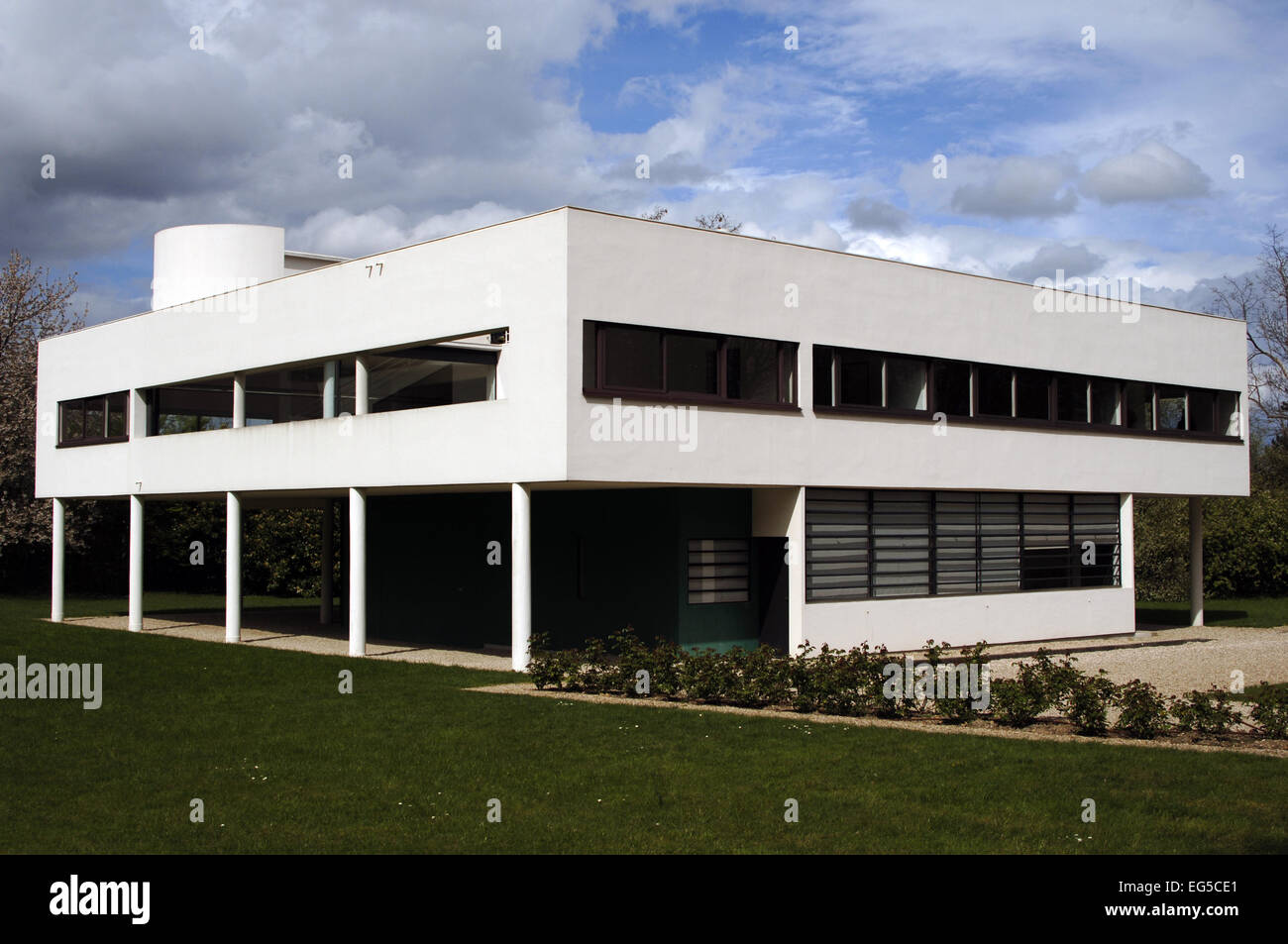 France. Poissy. Villa Savoye. Designed by Swiss architects Le ...