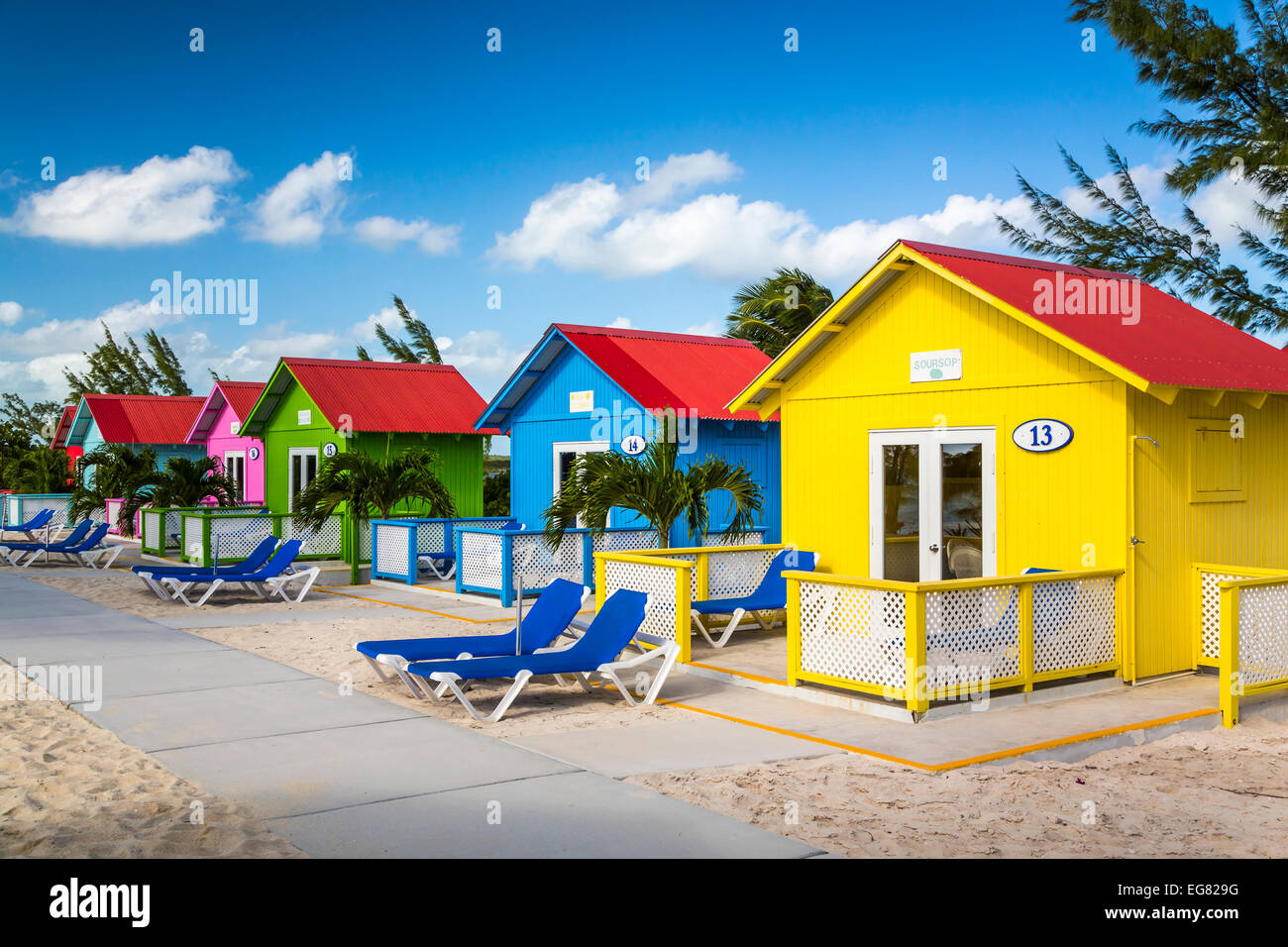 Colorful beach cottages for rent on princess cays bahamas for Beach houses for rent in bahamas