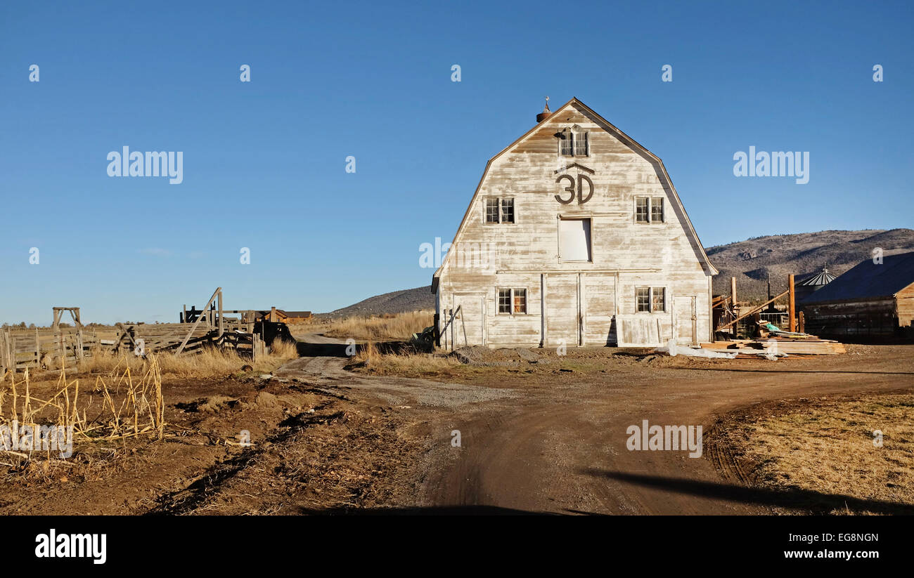 An Old White Barn On A Ranch Near Powell Butte, Oregon ...