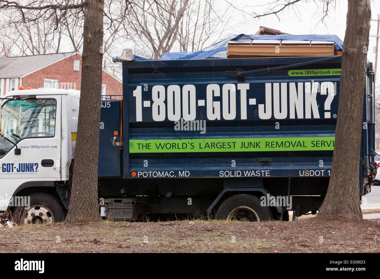 Junk pickup service truck - USA Stock Photo: 78880175 - Alamy