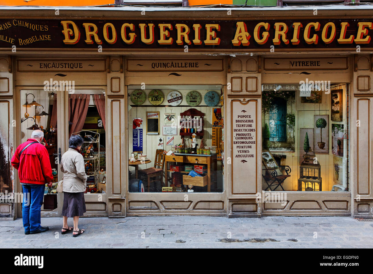 Interior decorating store, Drogerie Agricole, old town of Rouen ...