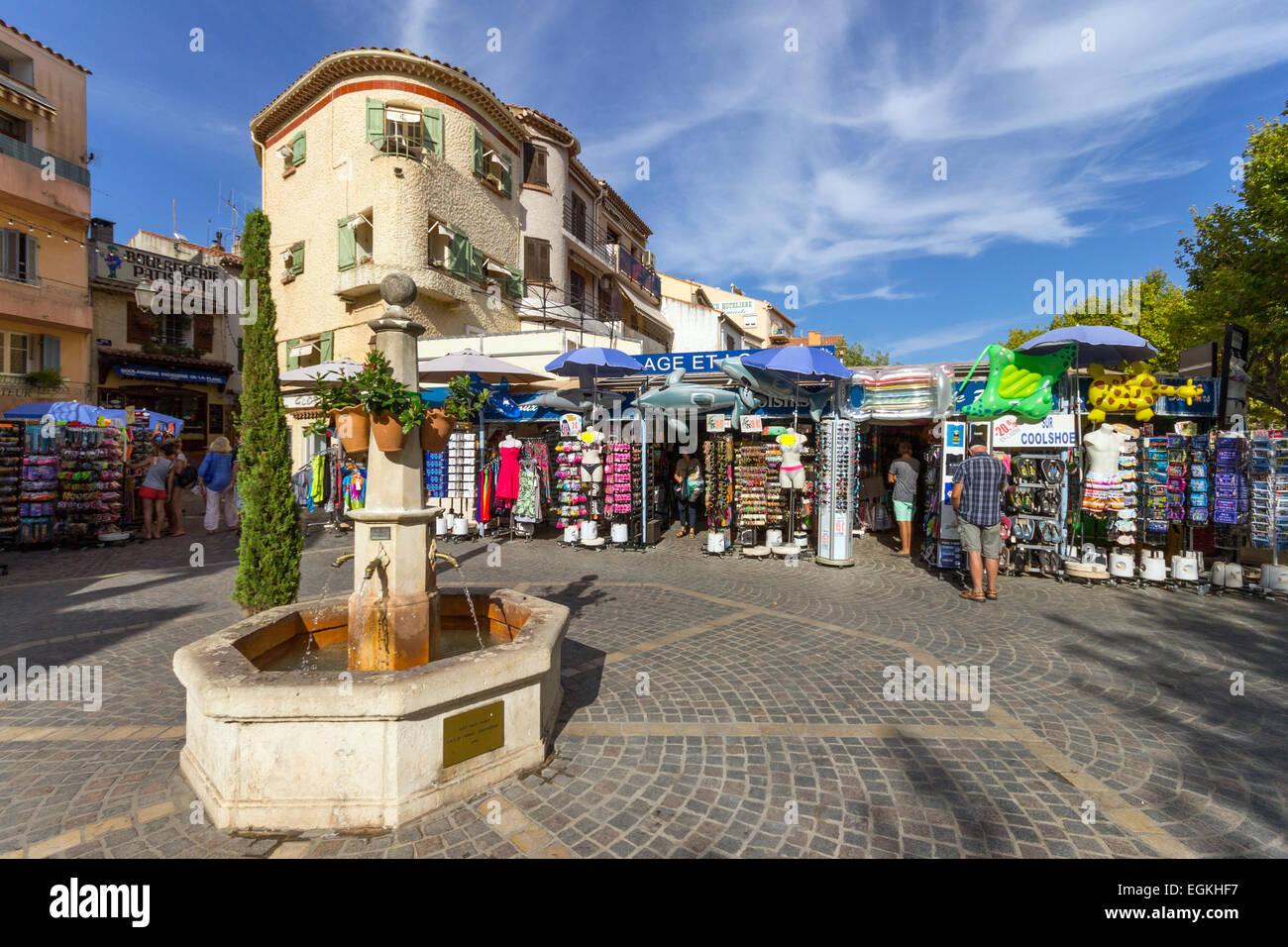 France cote d 39 azur le lavandou fountain in old town stock photo royalty free image 79106811 - Restaurant le lavandou port ...