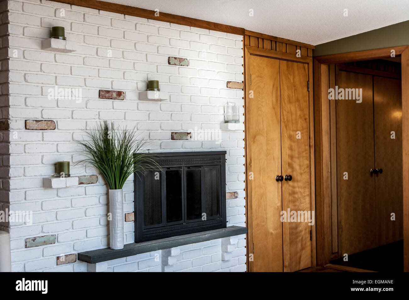 master bedroom fireplace with white brick wall stock photo master bedroom fireplace with white brick wall