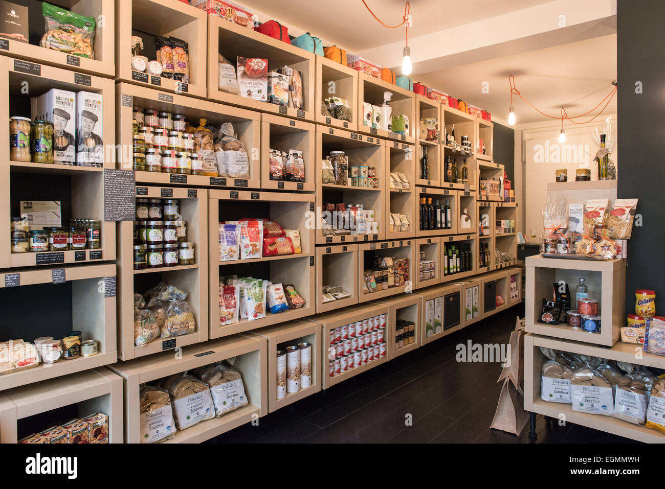 Interior of posh luxury gourmet food and drink shop for Home interior shopping