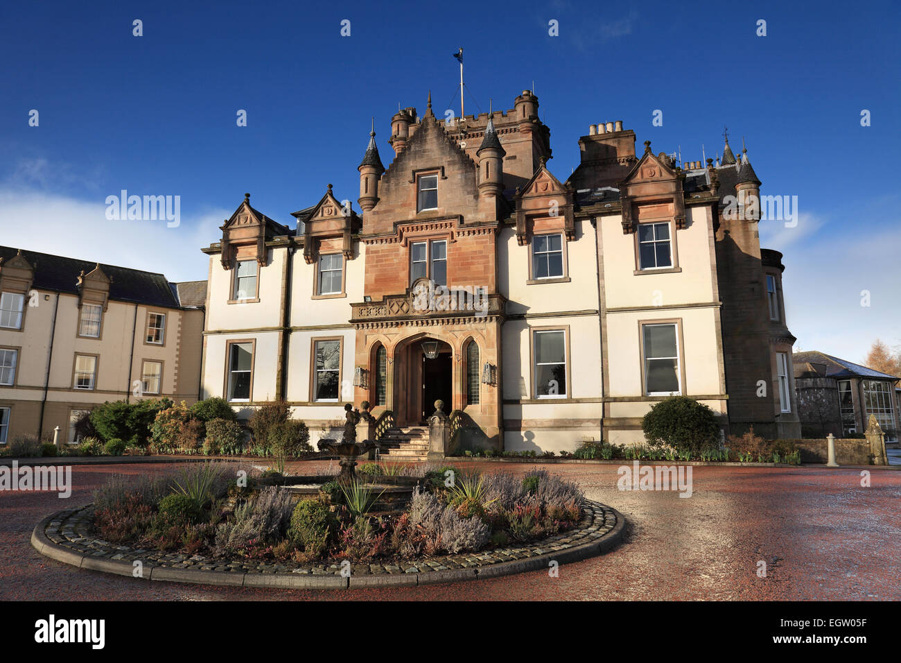 Cameron house a five star hotel on the shores of loch for Nearest 5 star hotel