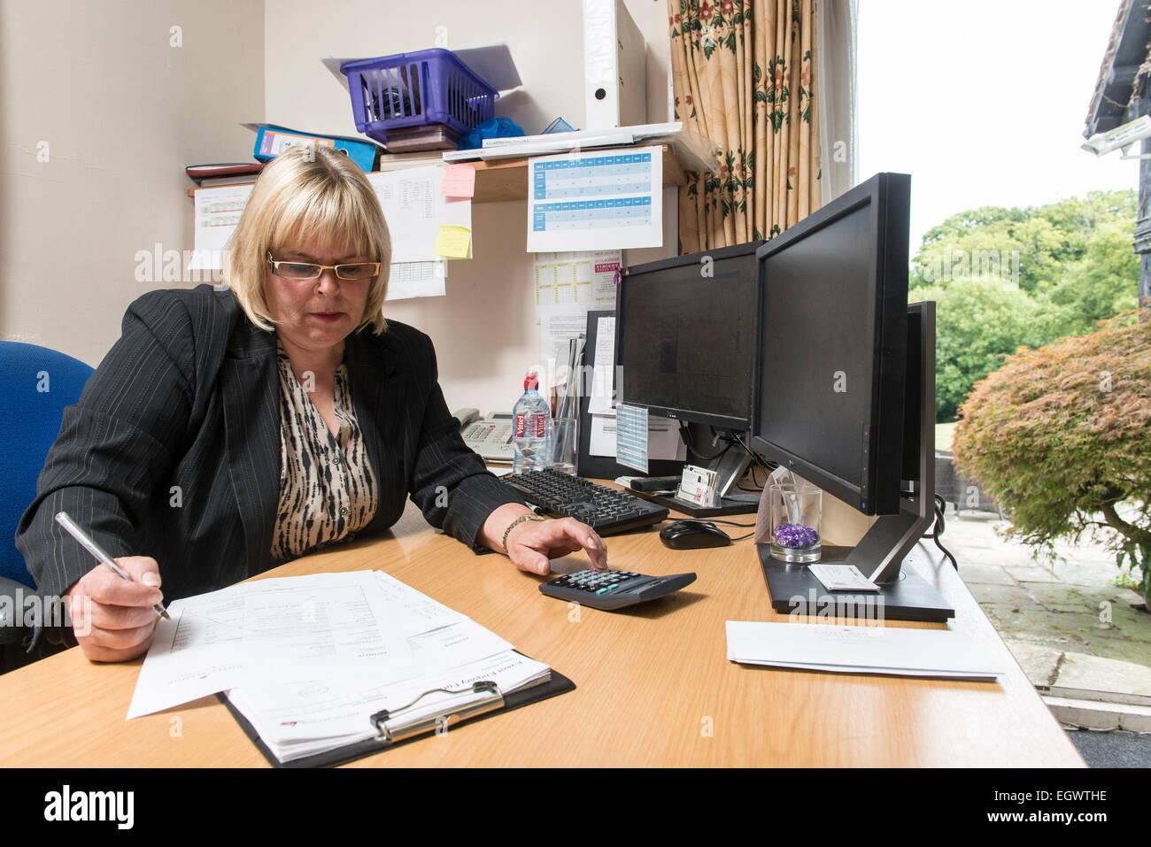 Office Management - duties, expenses
