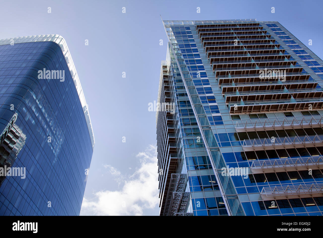 Aldgate Tower (lft) and Saco Apartments in Aldgate - London E1 ...