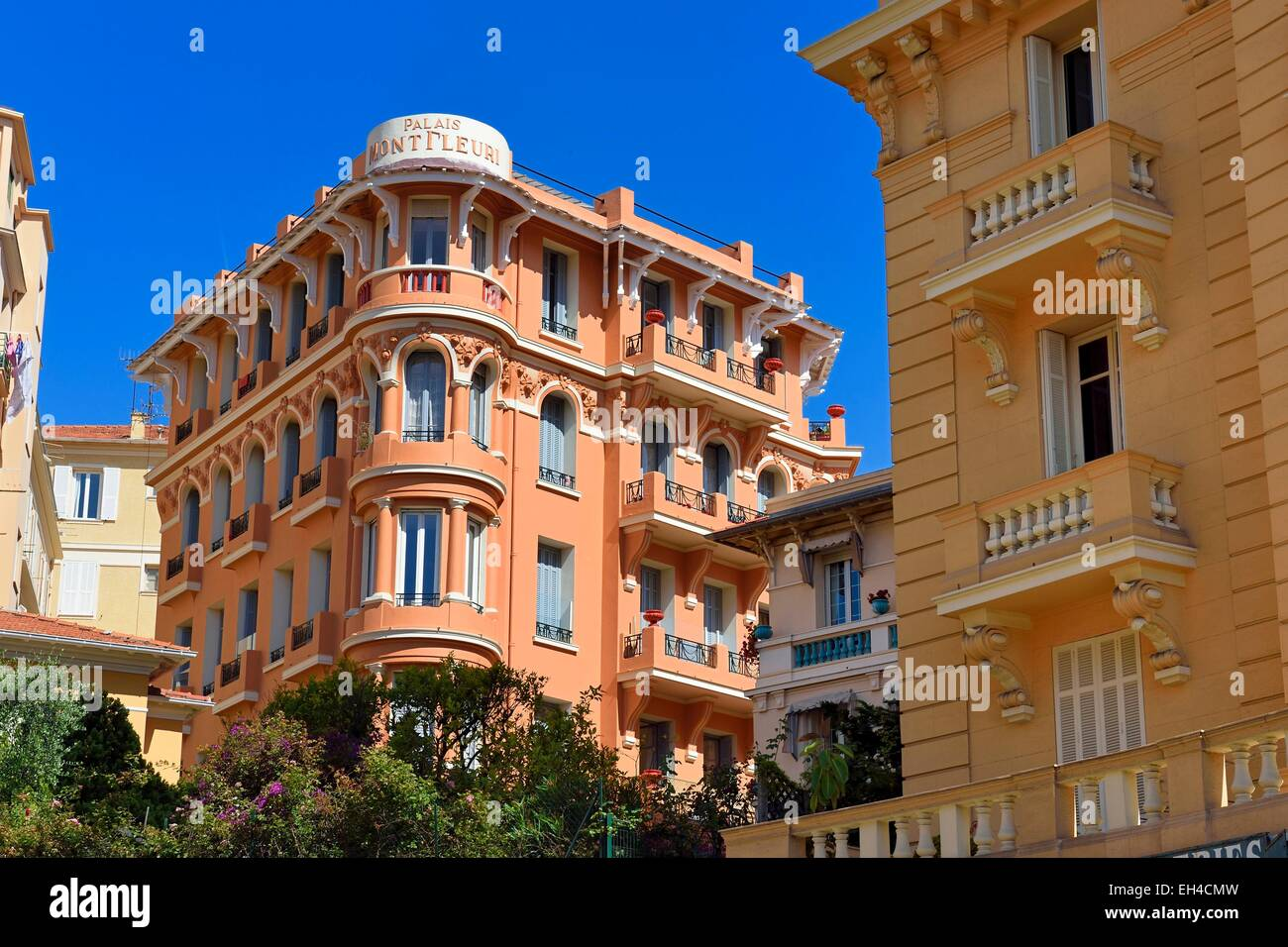 Principality of monaco monaco la condamine district for Boulevard du jardin exotique monaco