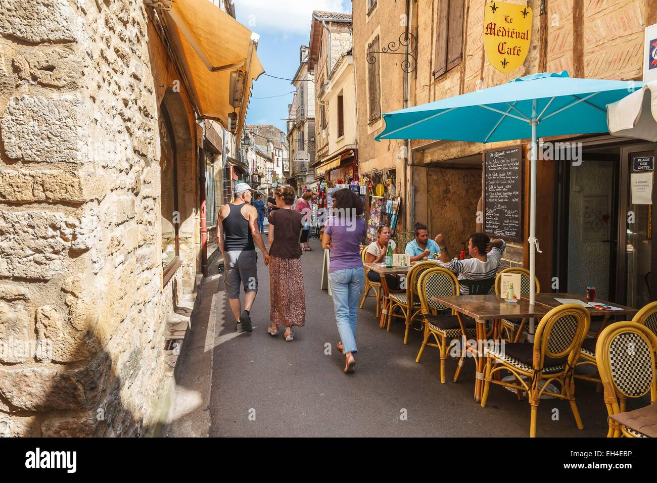france dordogne belves labelled les plus beaux villages de france stock photo royalty free. Black Bedroom Furniture Sets. Home Design Ideas