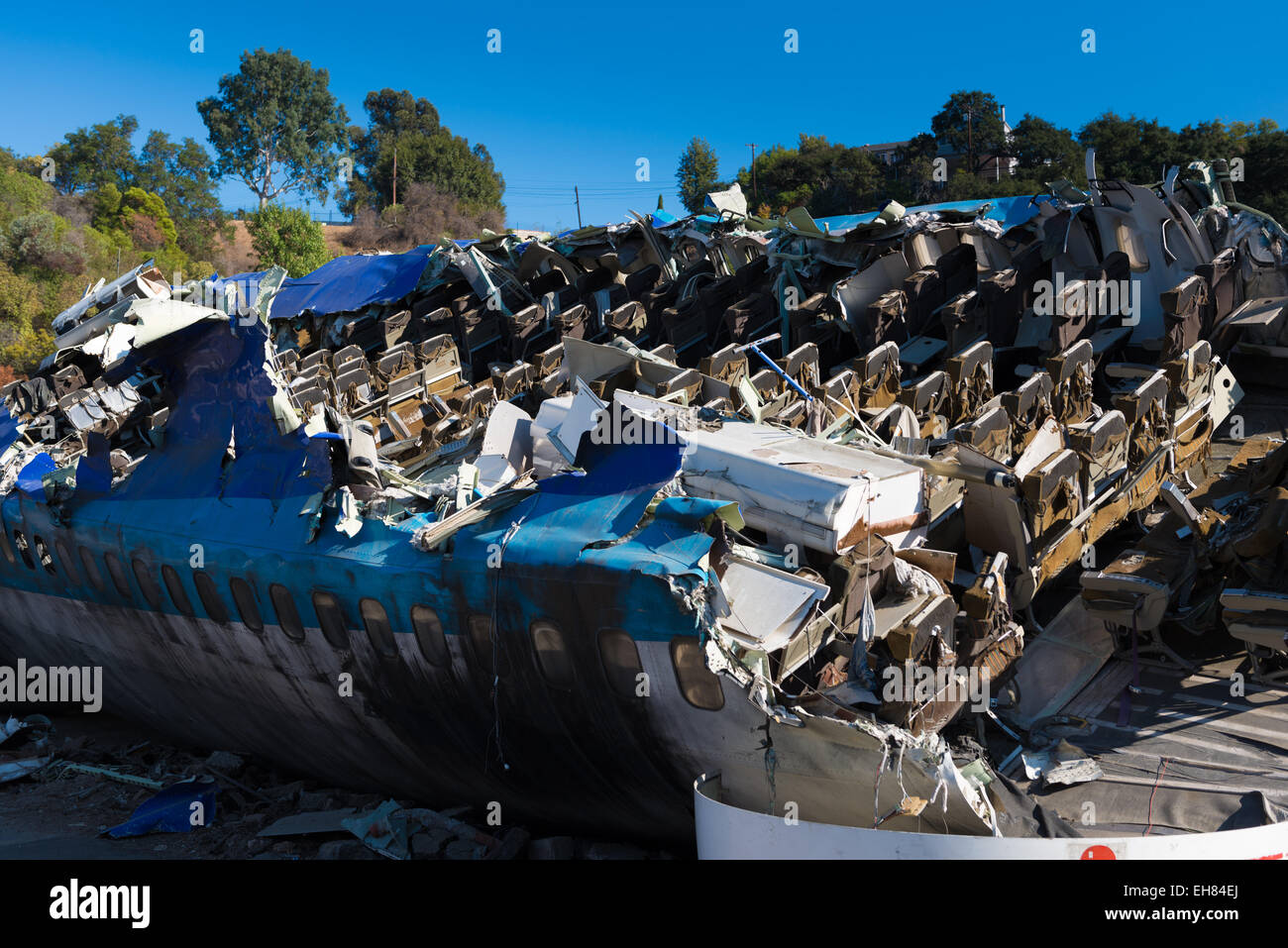 war of the worlds movie plane crash site in universal