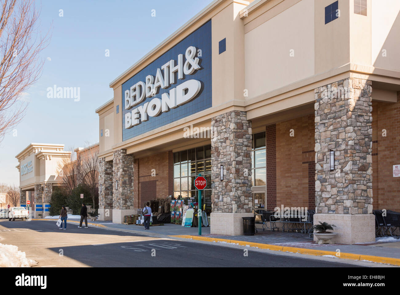 bed bath and beyond store superstore in gainesville virginia usa stock photo royalty free. Black Bedroom Furniture Sets. Home Design Ideas