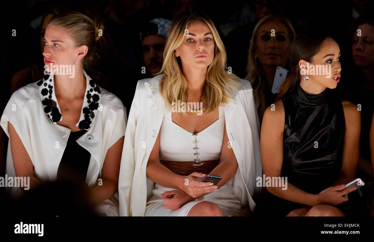 Mercedes benz new york fashion week spring 2015 pamella for Mercedes benz new york fashion week