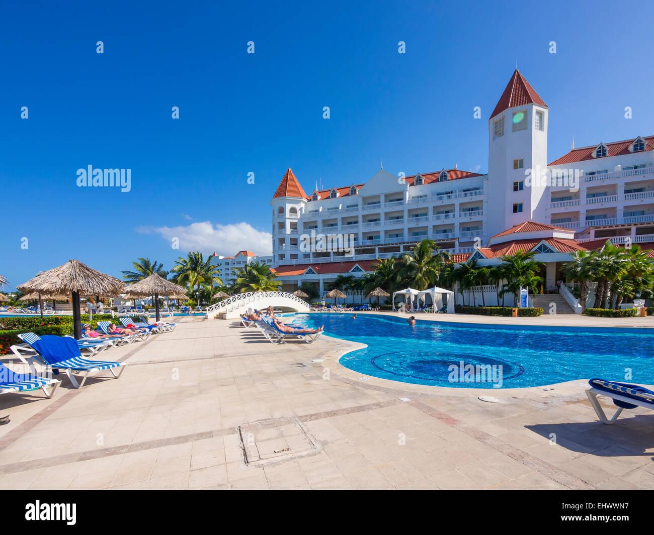 Luxus pool  Jamaica, Runaway Bay, pool at Gran Bahia Principe luxus resort ...