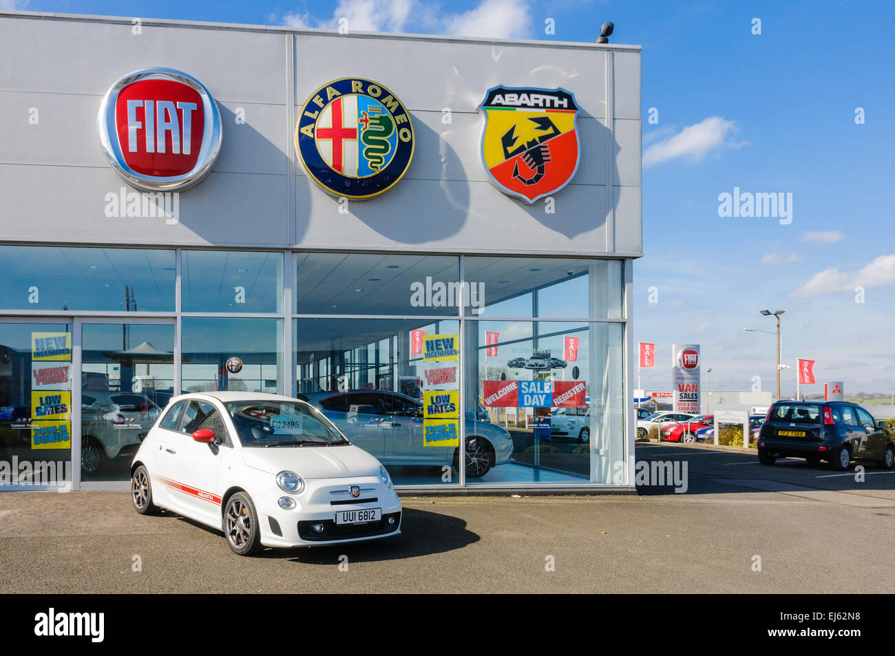 Fiat Abarth Stock Photos Fiat Abarth Stock Images Alamy - Fiat dealers in london
