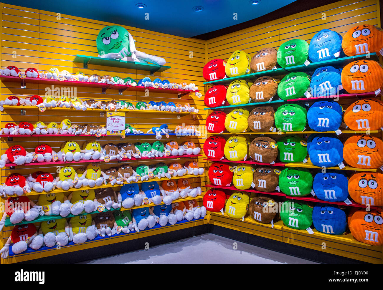 M and m world shop online