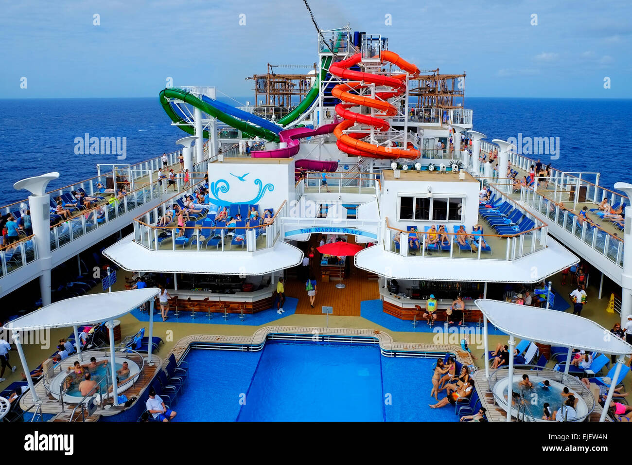 Cruising southern caribbean on the norwegian getaway for Ncl getaway