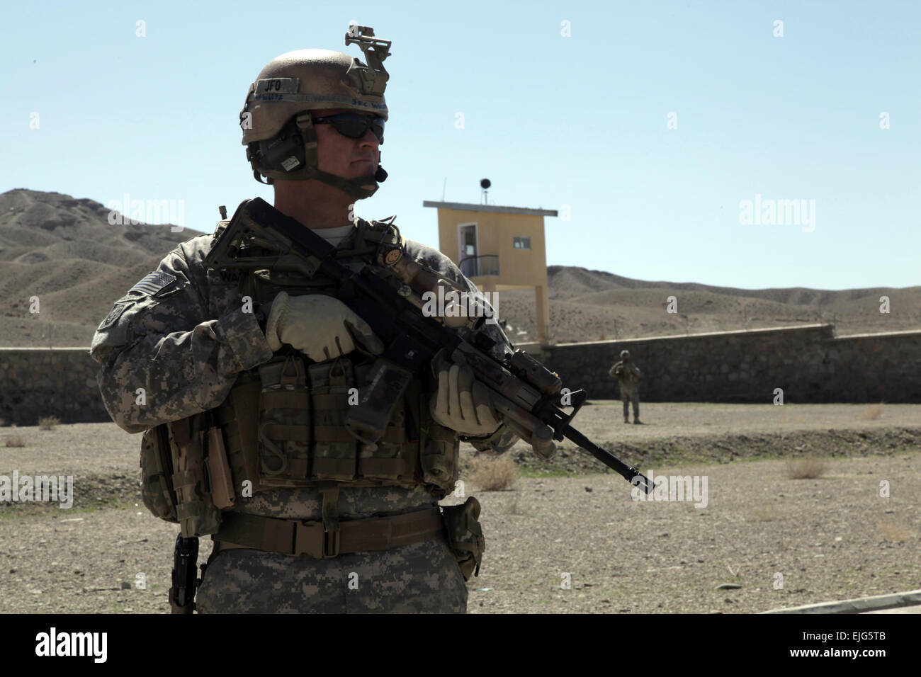 Army Sgt. 1st Class Cecil Dawson, Headquarters And Headquarters ...