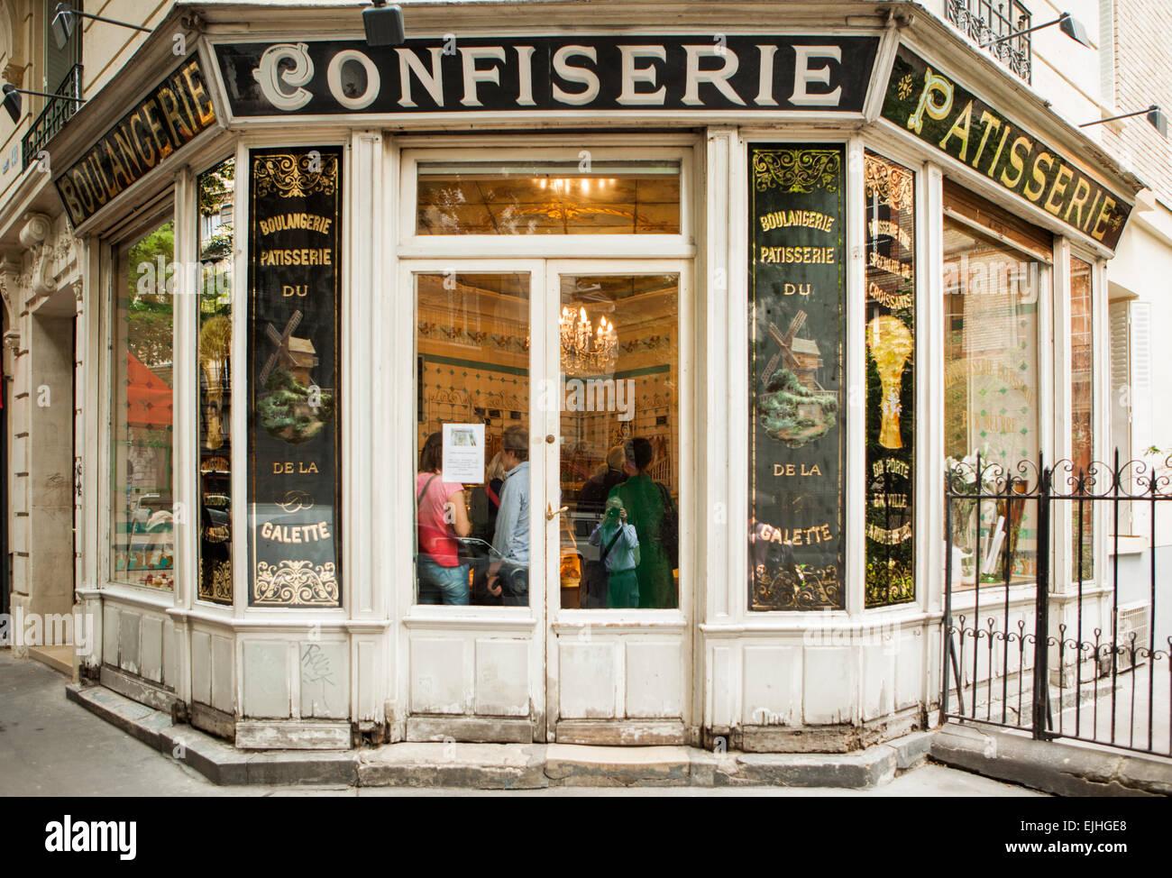 Boulangerie du moulin de la galette montmartre paris france stock photo royalty free image - Moulin a cafe boulanger ...
