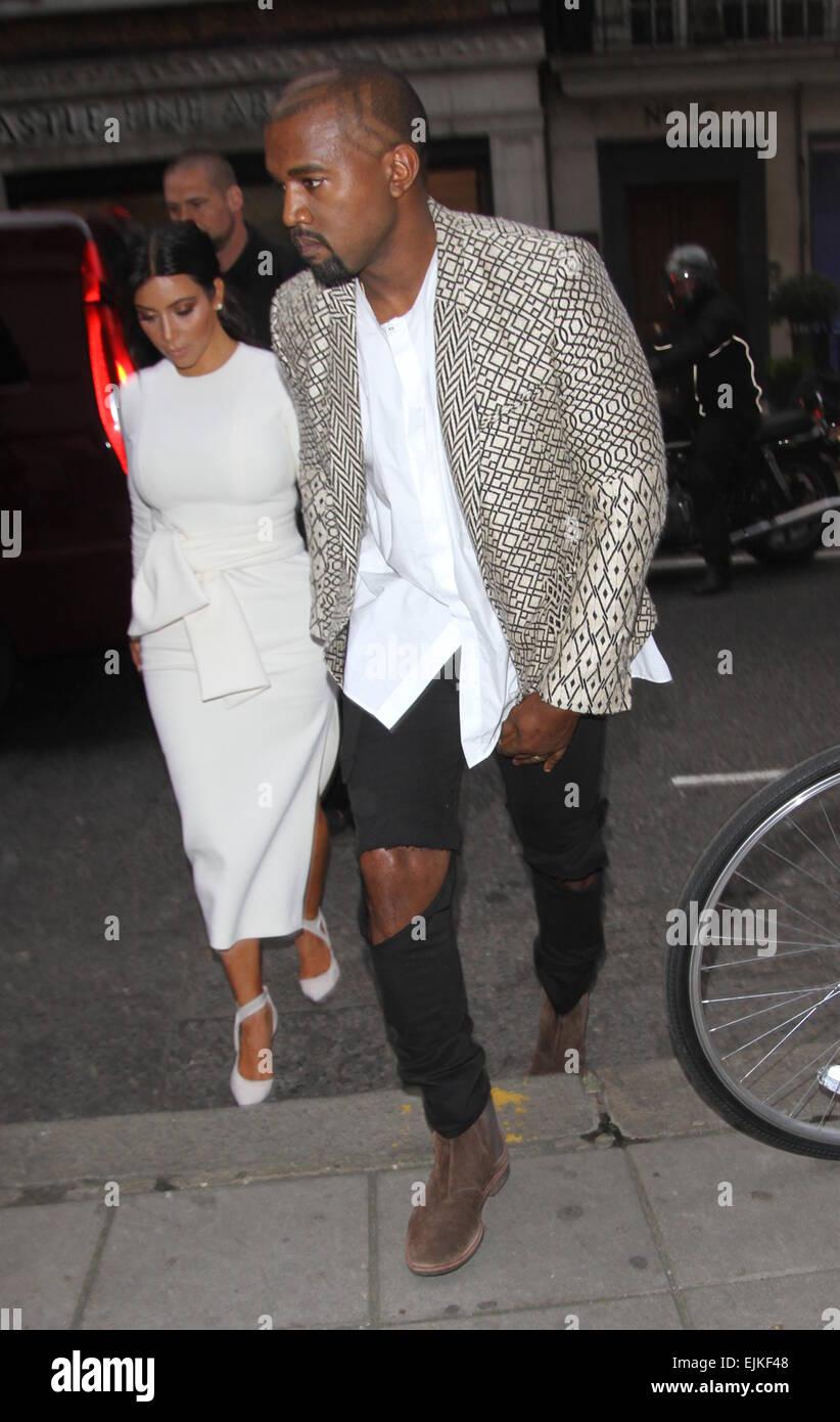 Tremendous Kim Kardashian And Kanye West Go Out For A Dinner Date At Hakkasan Short Hairstyles Gunalazisus