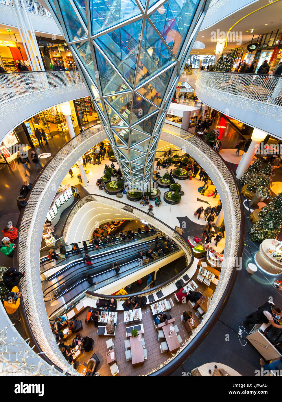 Germany hesse frankfurt myzeil shopping center for Interior design frankfurt