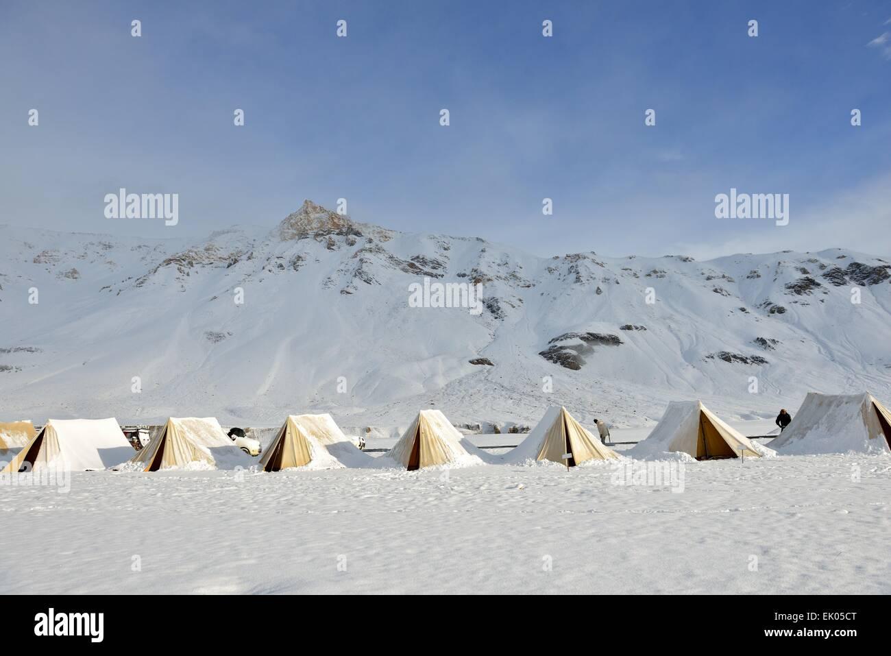 Snowy tents in Ladakh India & Snowy tents in Ladakh India Stock Photo: 80524216 - Alamy