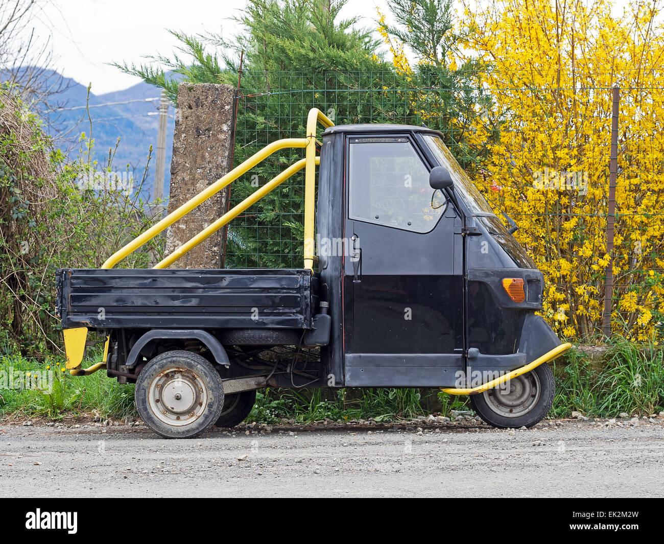 ape piaggio, apecar, ape car, ape. italian three wheeled vehicle