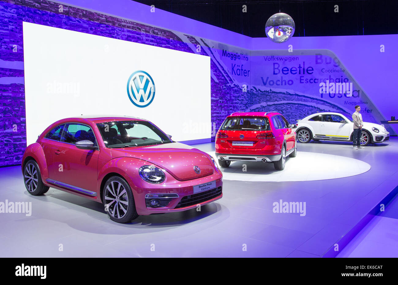 models drive daily test tdi screen golf sel at the pm volkswagen consumer shot