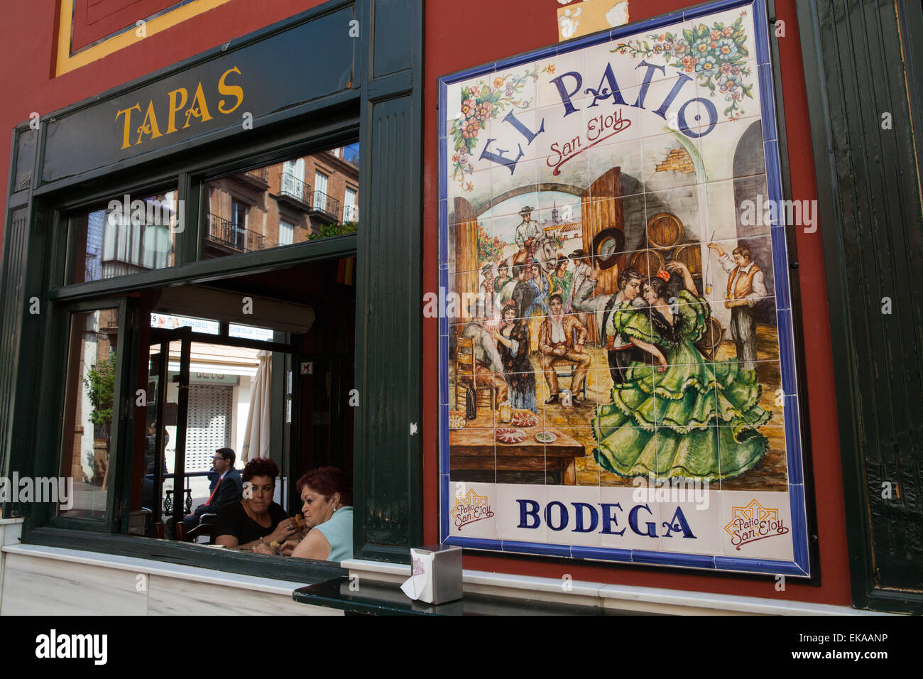 El Patio Tapas Bar In The Triana District Of Seville