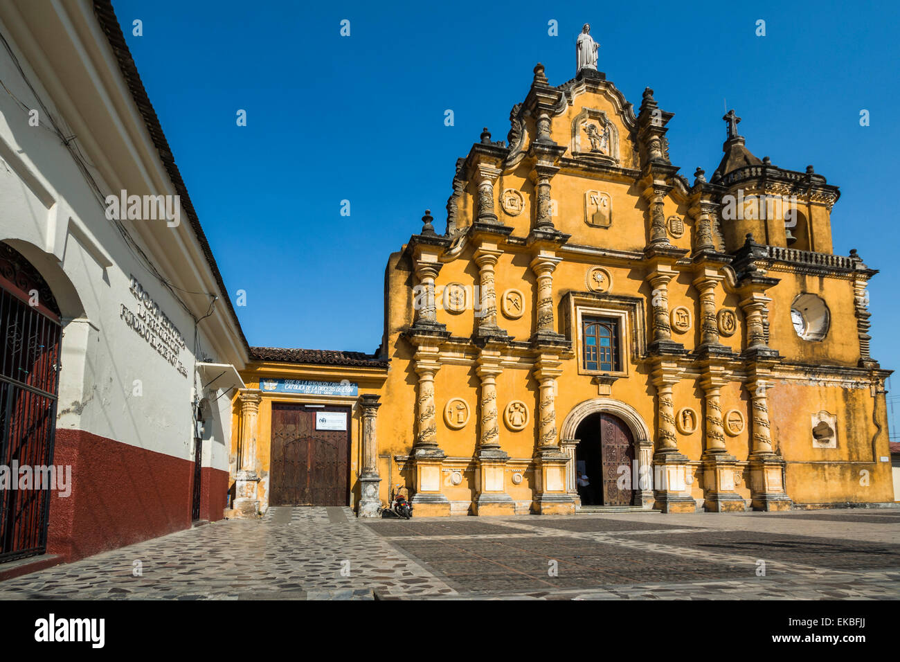 Mexican Style Baroque Facade Of The Iglesia De La Recoleccion Church Built In 1786 Leon Nicaragua