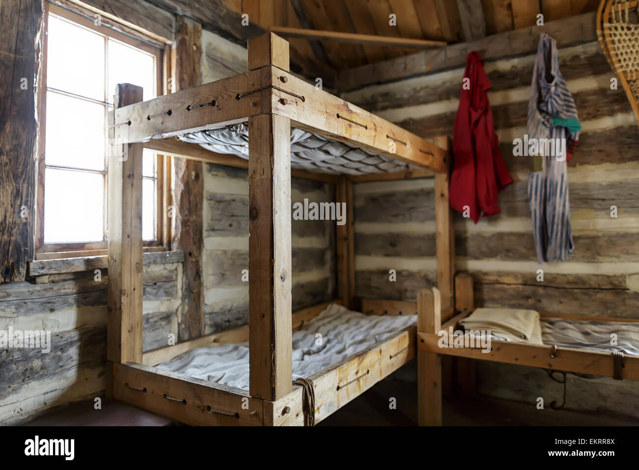 Rustic Bunk Beds And Living Quarters Of A Fur Trade Era Log Cabin At Stock Ph