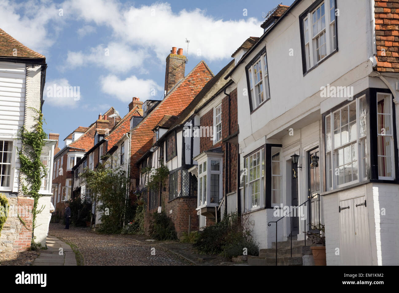 rye sussex tudor houses stock photos rye sussex tudor houses tudor style houses on a cobbled street rye sussex england stock image